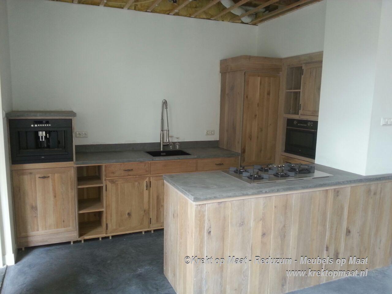 Werkblad op maat keuken landelijk modern op maat gemaakt met houten werkblad - Werkblad bo is op maat ...