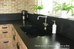 Krekt_op_Maat_keuken_steigerhout_natuursteen