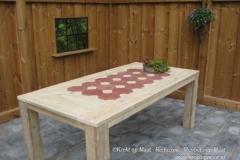 Krekt_op_Maat_tafel_castello_tegels_steigerhout